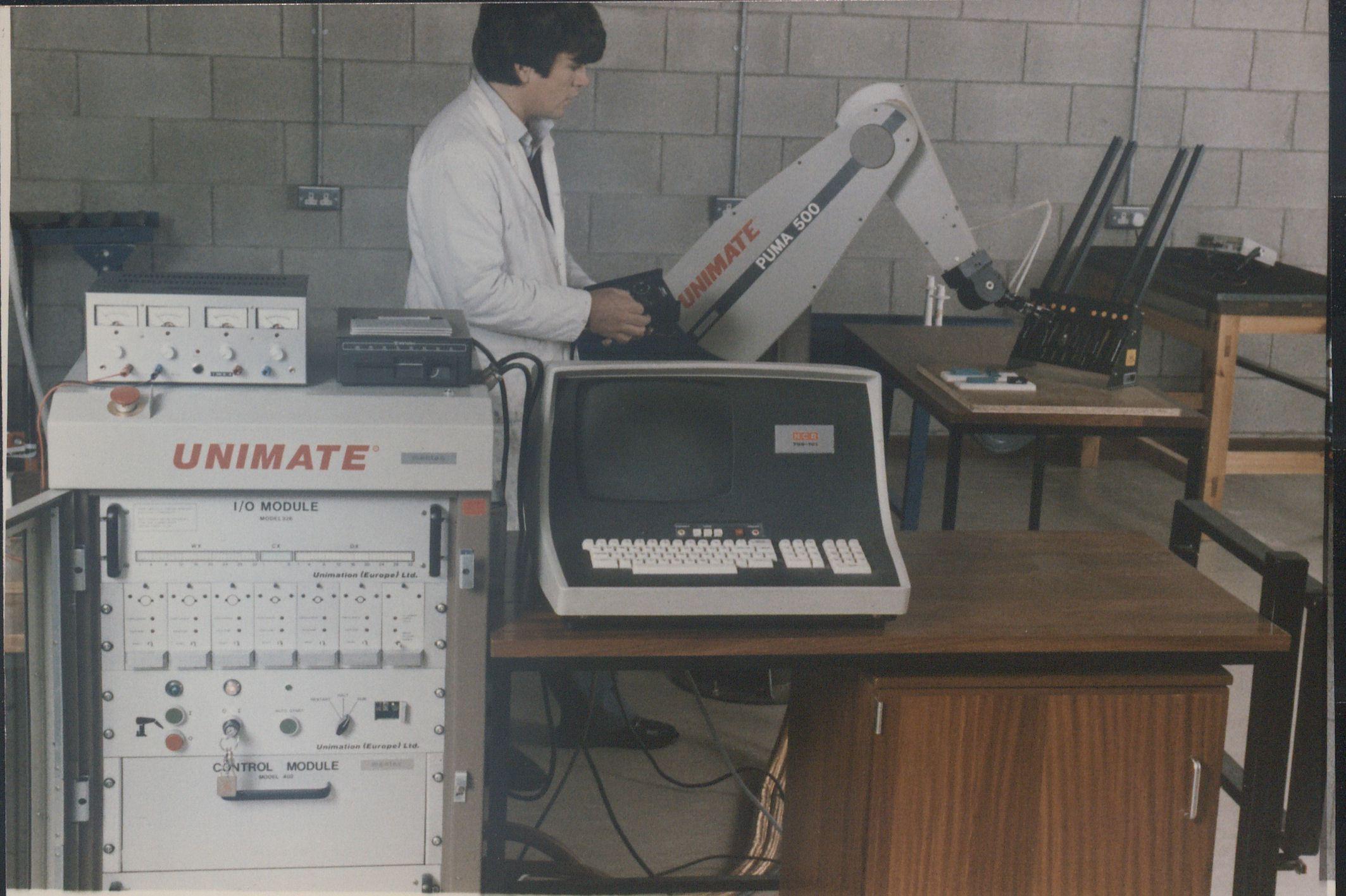 Robot Unimate, revolución automatización industrial